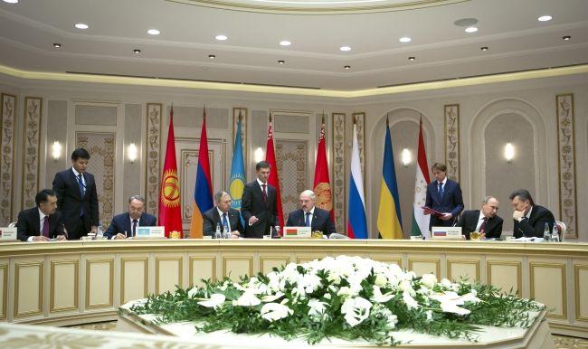 Янукович, Путин и Лукашенко в Минске