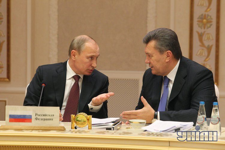 Янукович на встрече с Путиным
