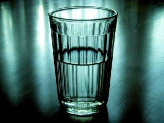 В Борисполе от суррогатной водки умерли трое мужчин и трое женщин