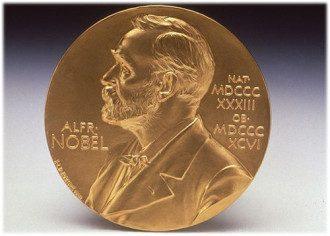 Нобелевскую премию по физике присудили Джеймсу Пиблсу, Дидье Кело и Мишелю Майору - Нобелевская премия