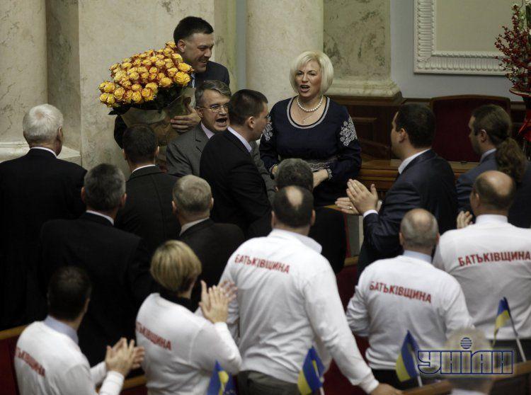 Олега Тягнибока соратники поздравляют с днем рождения