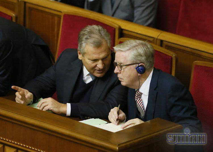 Пэт Кокс и Александр Квасьневский