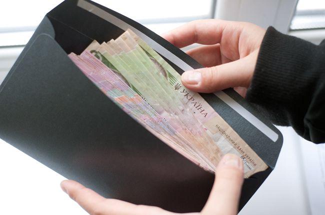 ВР одобрила закон о повышении минимальной зарплаты