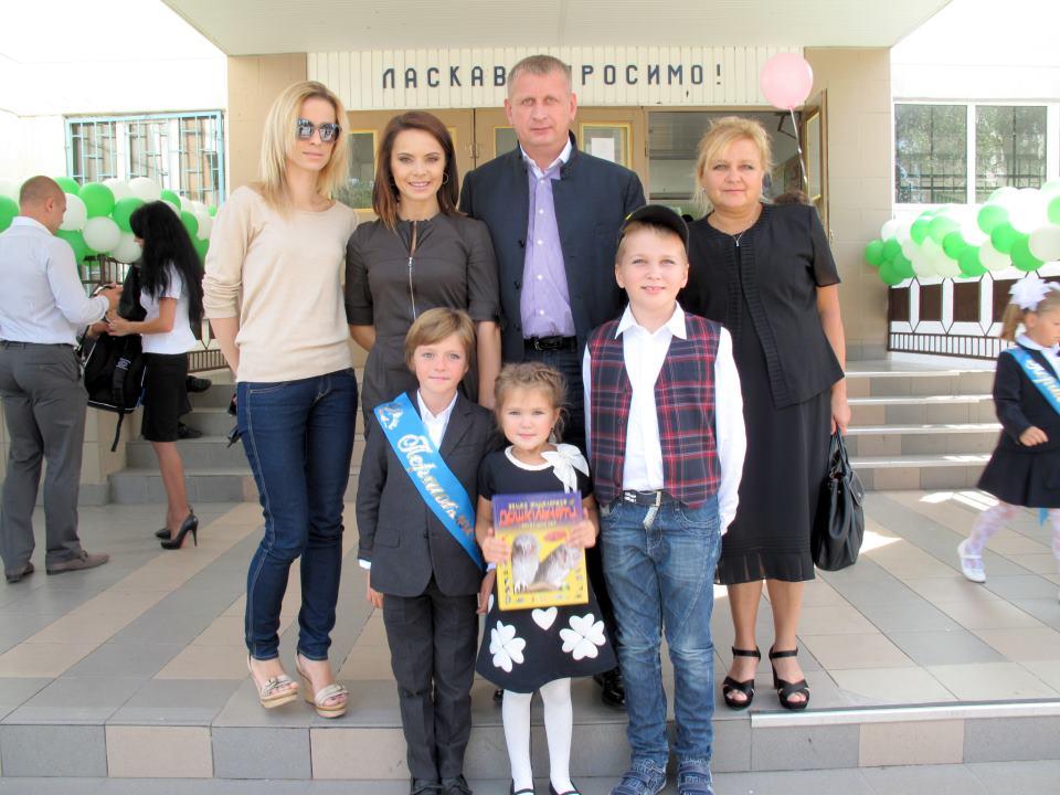 Лилия Подкопаева с семьей