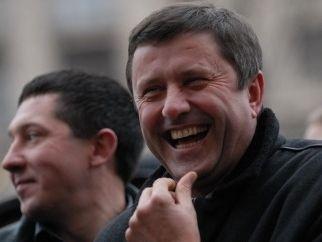 Виктор Пилипишин все-таки подал свои документы