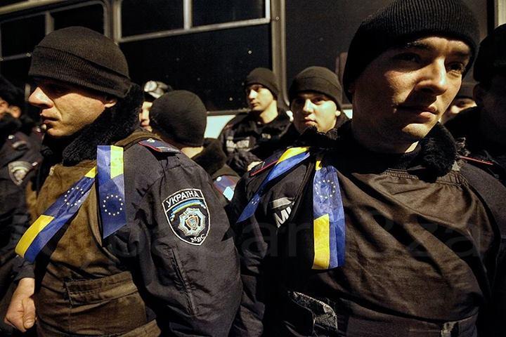 Силовики появились на Майдане еще ночью