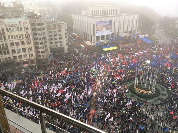 Митинг на Европеской площади