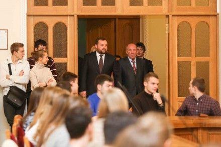 Арбузов на встрече со студентами