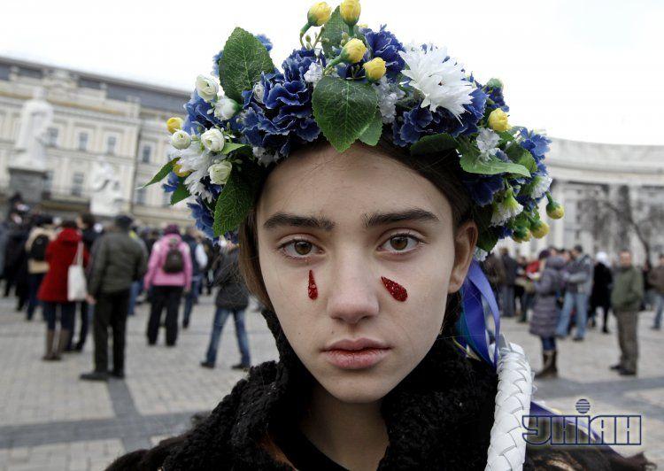 Участница протеста на Михайловской площади, иллюстрация