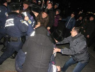 В Черкассах жестко разогнали Евромайдан