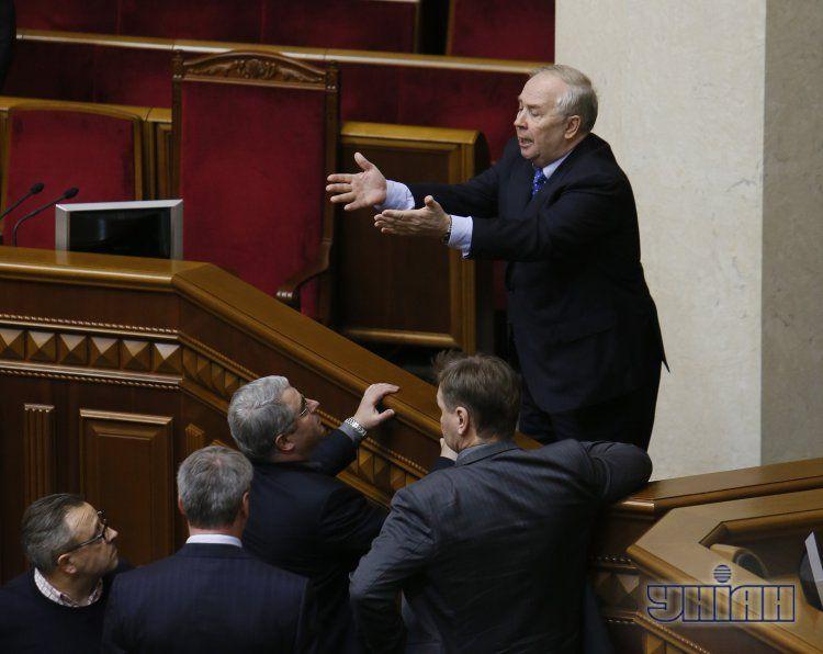 Владимир Рыбак на заседании Рады 3 декабря