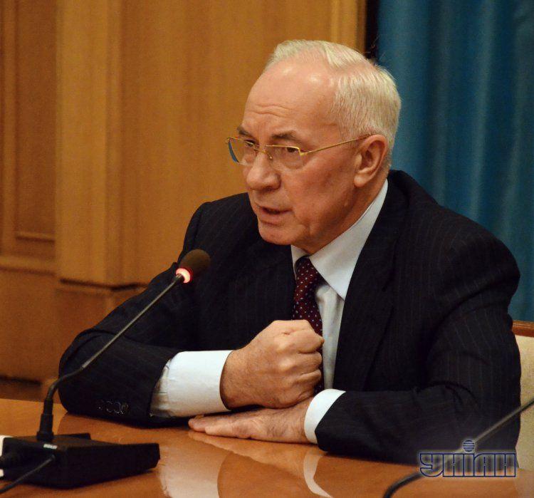 Азаров - Евромайдану: силы у нас достаточно