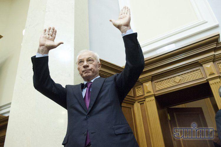 Николай Азаров в Раде устоял
