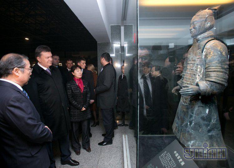 Виктор Янукович посетил императорский музей