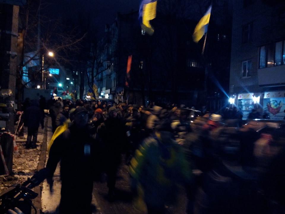 Активисты под Шевченковским субом
