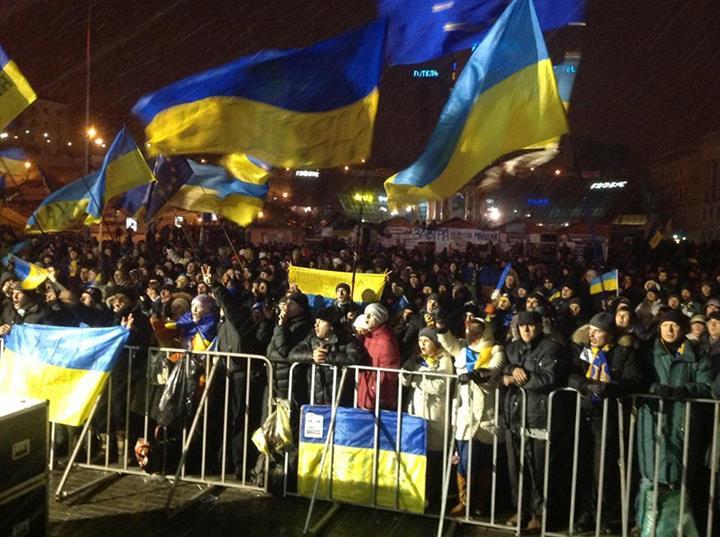 Майдан в ночь на 8 декабря, иллюстрация