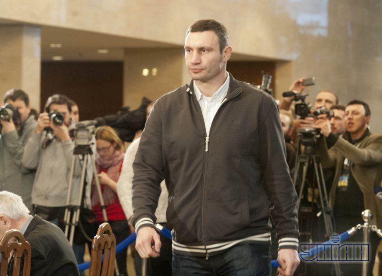 Виталий Кличко на круглом столе
