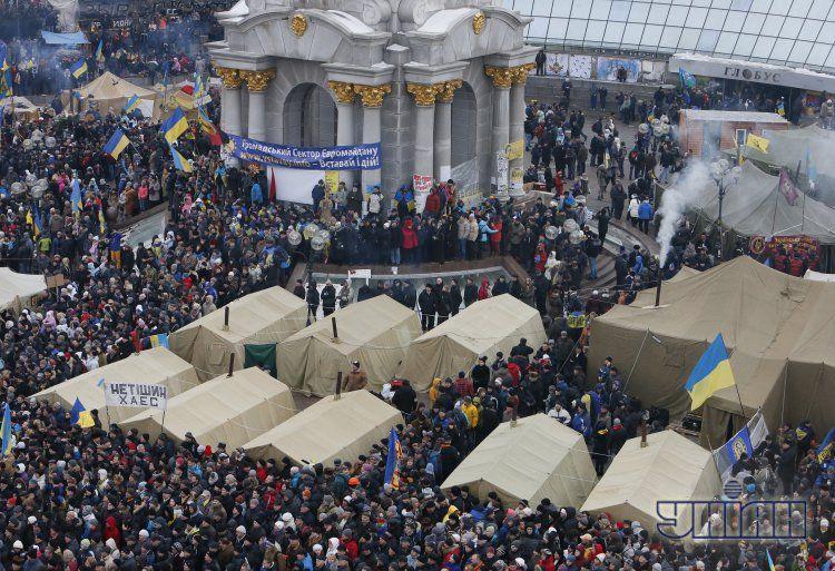 Вчера на Майдан пришли сотни тысяч людей