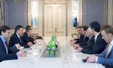 Встреча Януковича и сенаторов