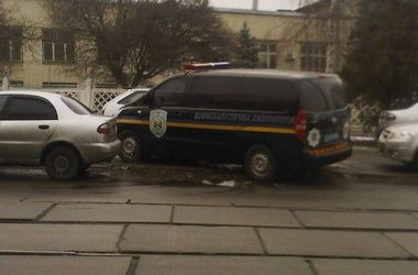 Милиция работает на месте происшествия