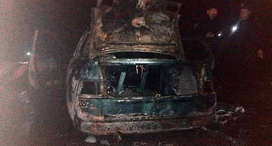 Сожженное авто активиста