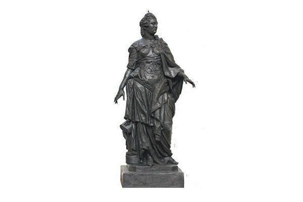 Скульптура была частью приданного Натальи Гончаровой