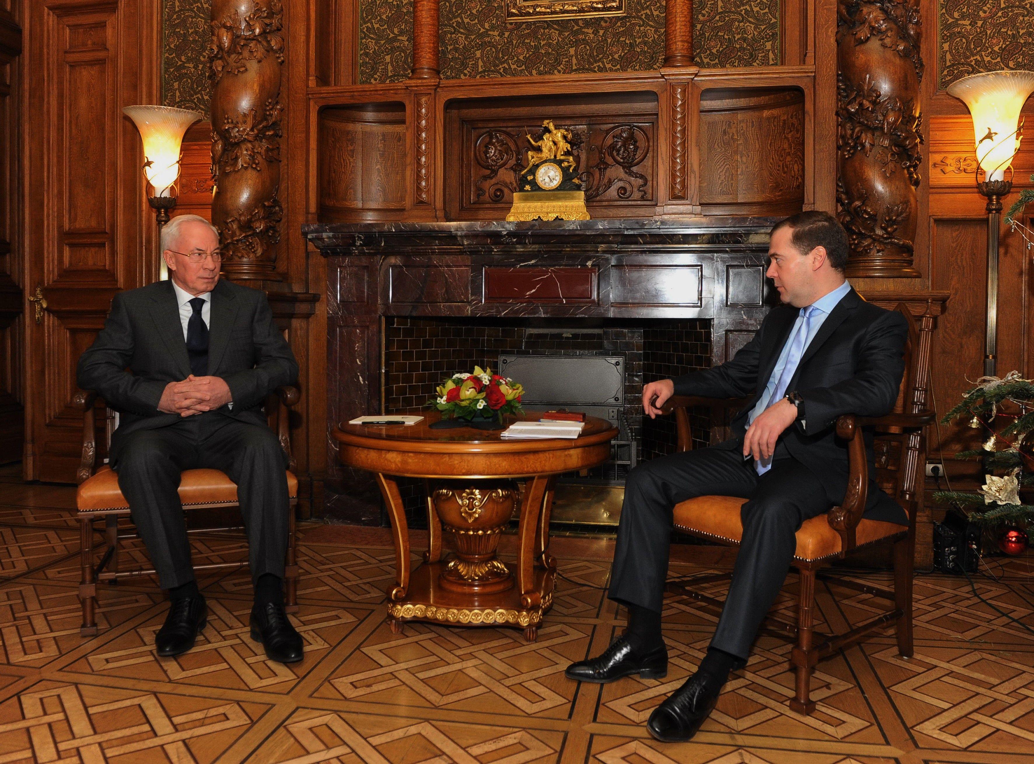 Встреча Азарова и Медведева