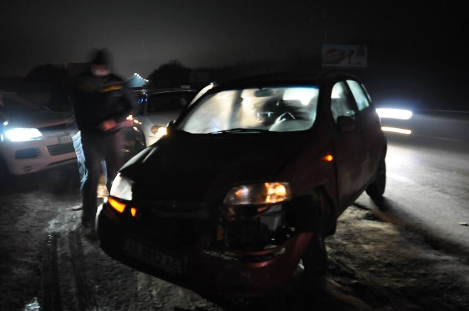 Фото с места нападения на журналистку