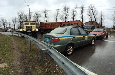 Автомайдан пикетировал Межигорье 12 января