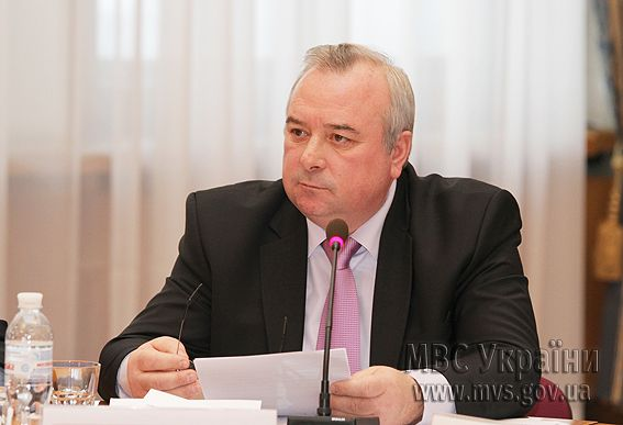 Виктор Ратушняк