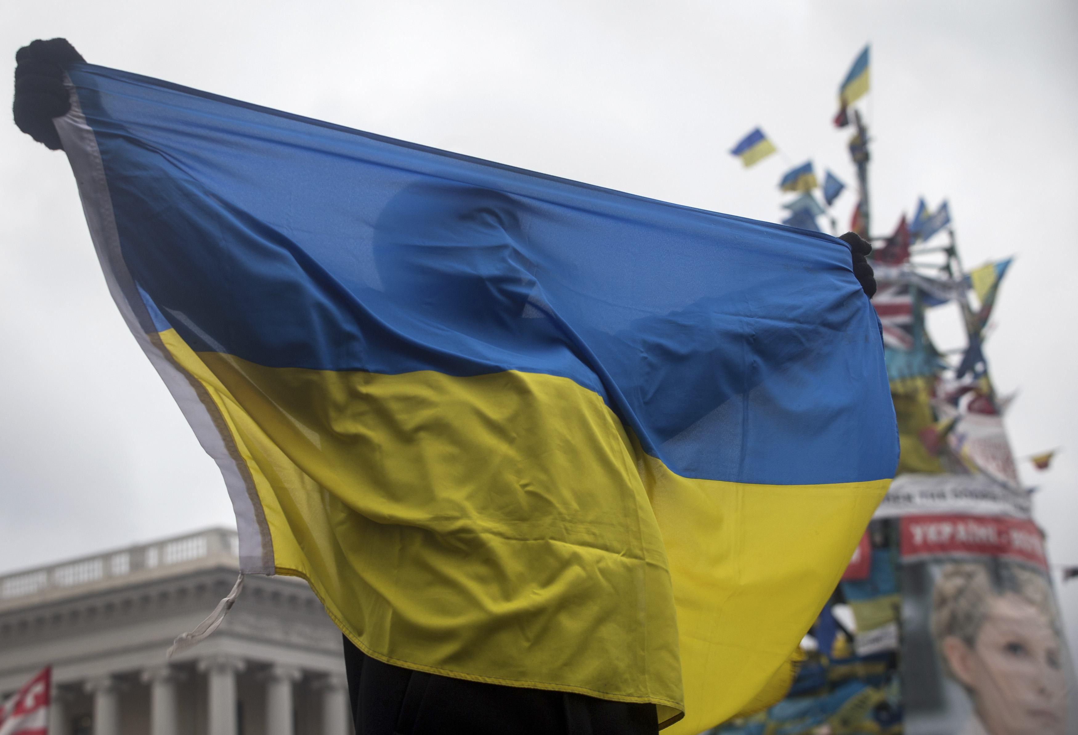 Евромайдан стоит почти 2 месяца