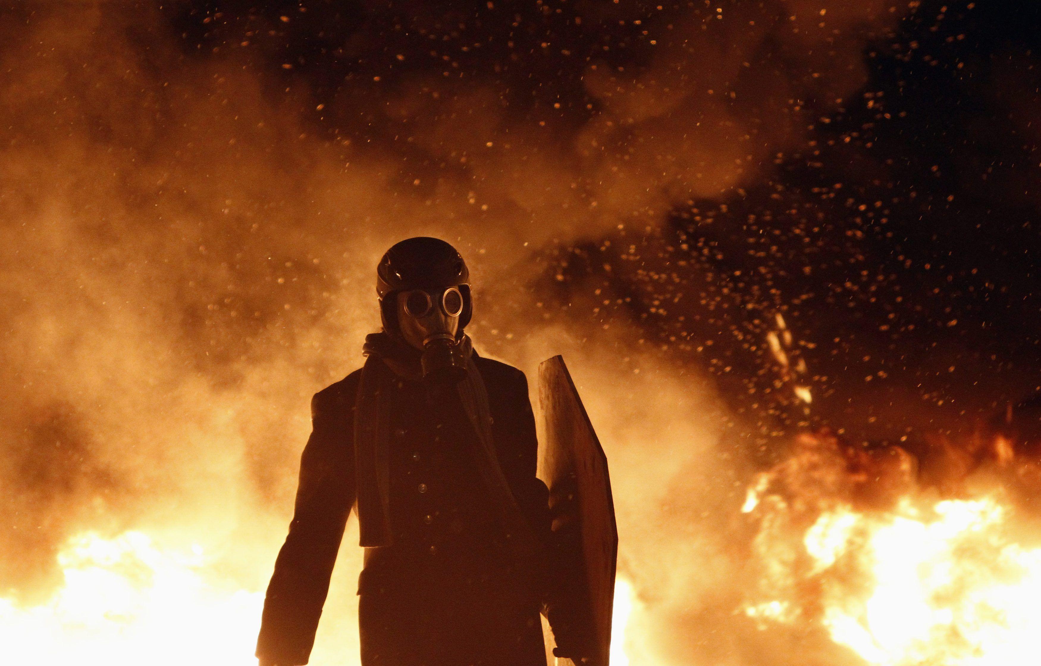 Огненная баррикада на Грушевского