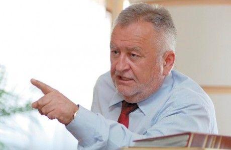 Борис Климчук пока не уходит в отствку
