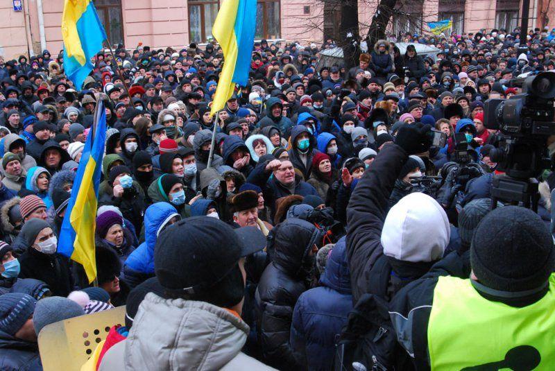 Штурм ОГА в Черновцах 24 января