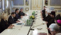 Янукович на встрече с главами украинских церквей