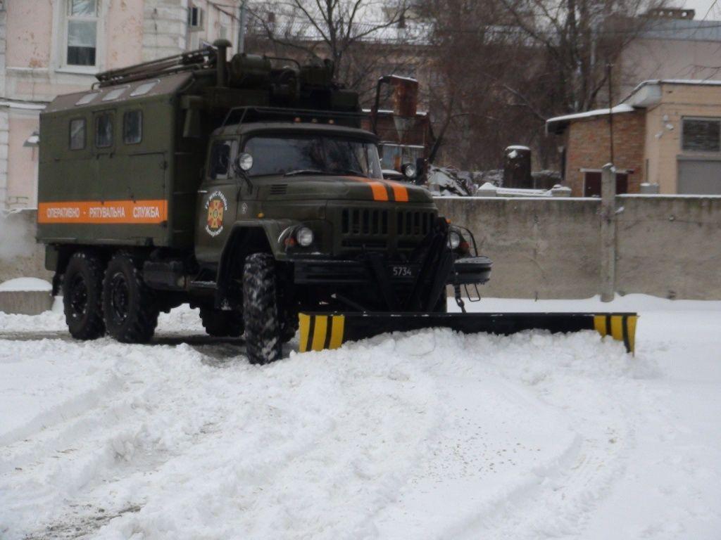 Жительница Запорожья пожаловалась на непочищенные от снега дороги заммэру Днепра