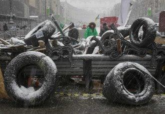 Одна из баррикад Евромайдана