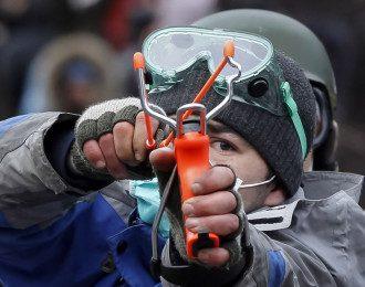 Оппозиция настаивает на амниисти активистов Майдана