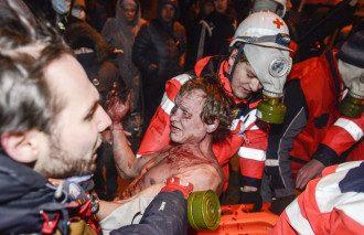 При столкновениях на Грушевского ранены около 200 человек