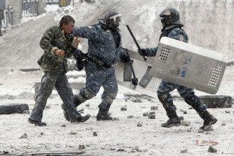 Разгон протестующих на Грушевского
