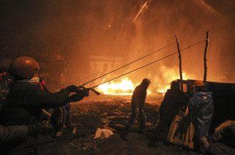 Многие активисты были задержаны во время противостояния на Грушевского