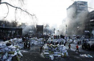 В Киеве уже неделю продолжается противостояние