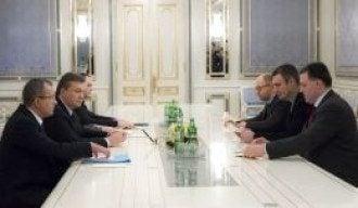 Одна из предыдущих встреч Януковича с оппозицией