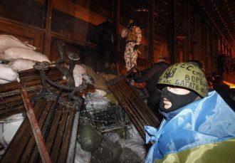 Штурм Украинского дома в Киеве