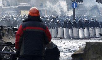 Противостояние на Грушевского продолжается