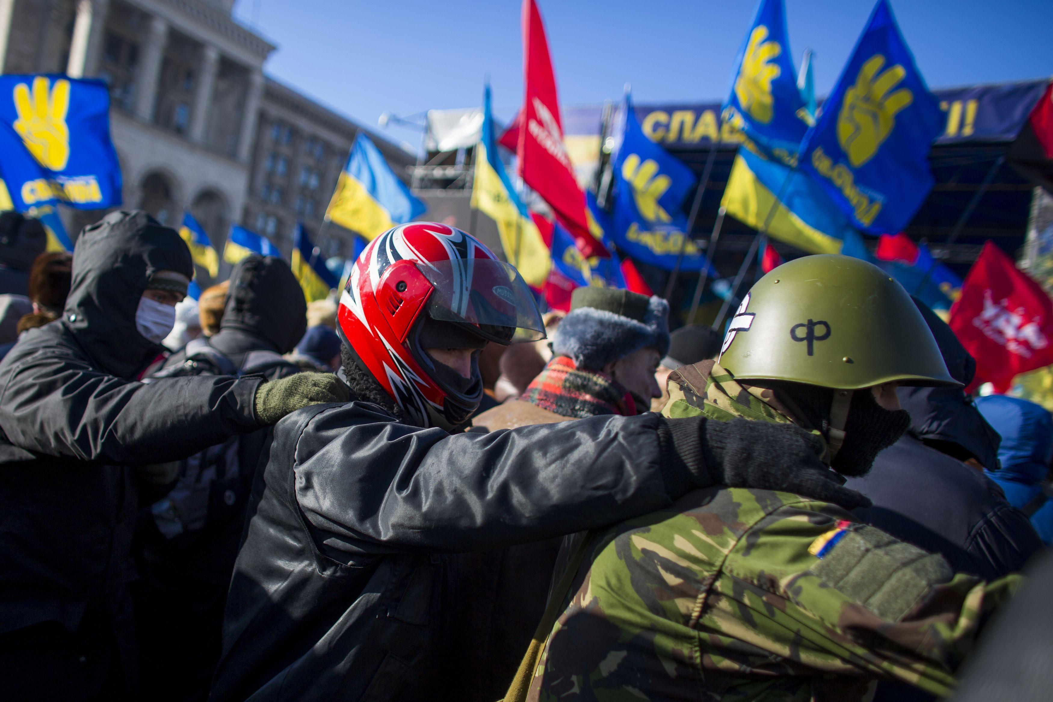 Все больше людей на Майдане готовы прибегнуть к радикальным методам протеста
