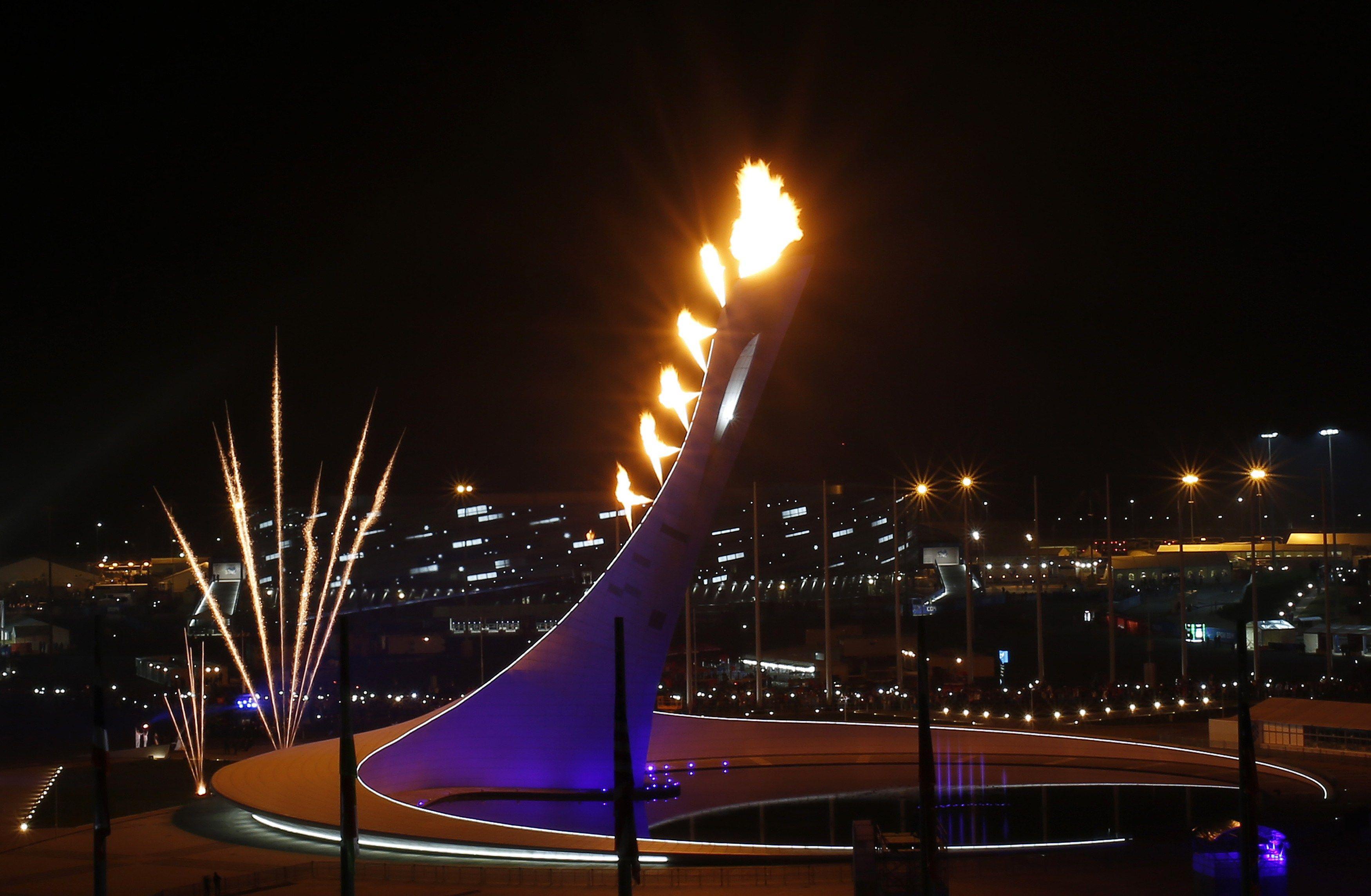 Олимпийский огонь картинка сочи