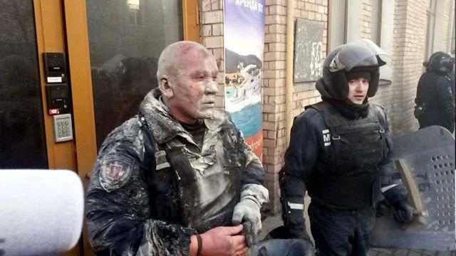 Пострадавший милиционер