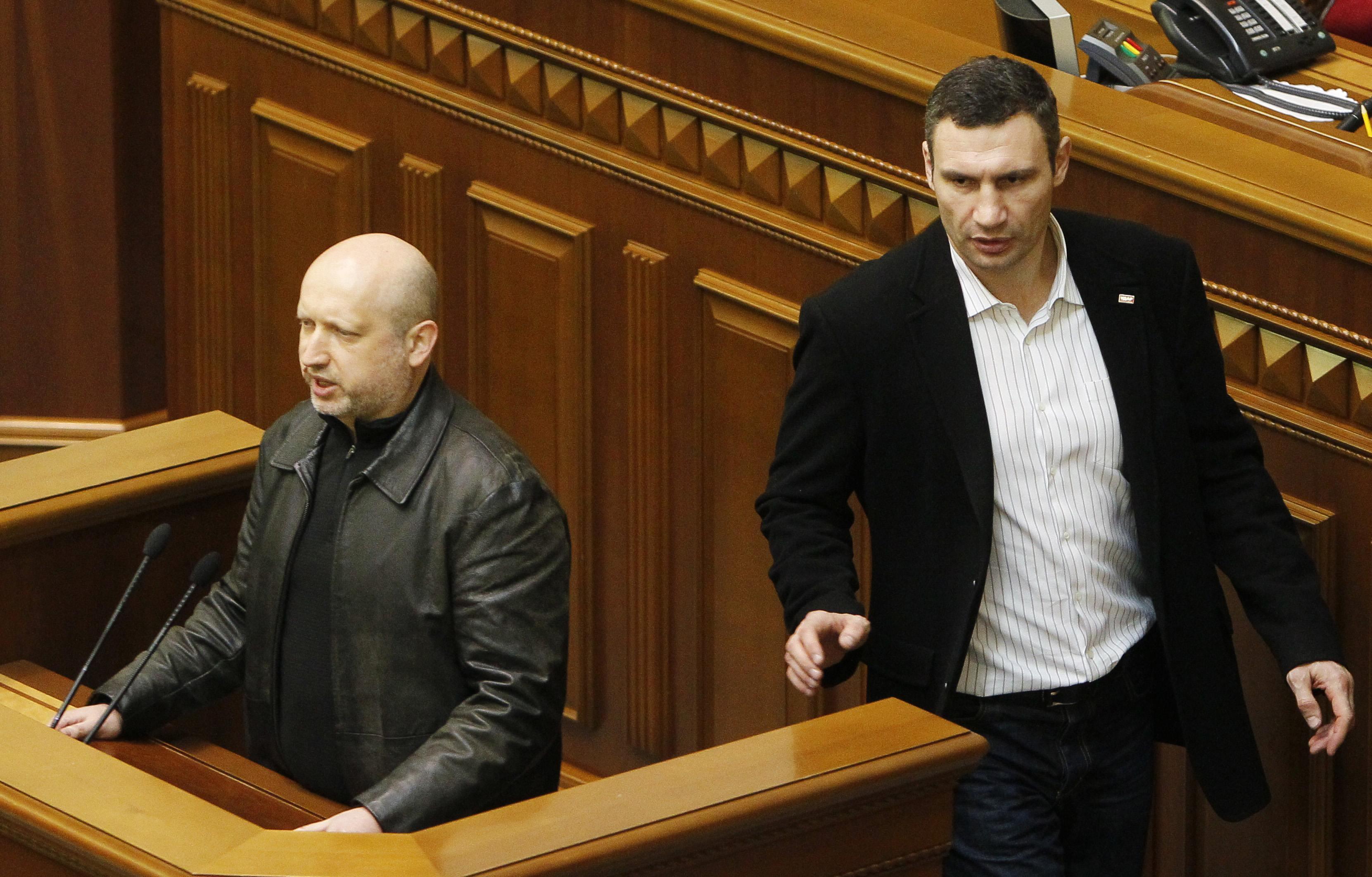 Новый спикер ВР Александр Турчинов и Виталий Кличко