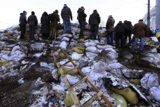 Одна из баррикад на Грушевского